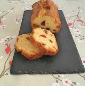Cake rhum et fruits confits.
