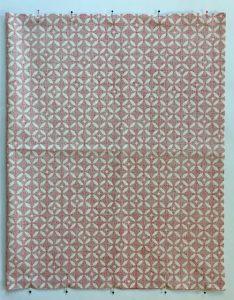 Epingage du tissu Mosaique.