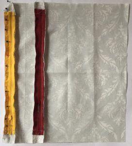 Epingler le dernier morceau du tissu au zip.