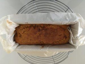 Carott cake sorti du four.
