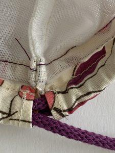 Detail de la gaine et cordonnet.